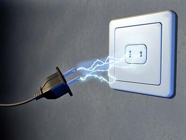 4 cuidados fundamantais na hora de instalar uma tomada elétrica